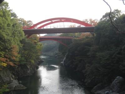 新旧高津戸橋
